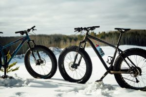 Two fat bikes in the snow